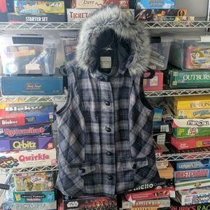 Ladies size Medium Sleeveless Best with Fur hood